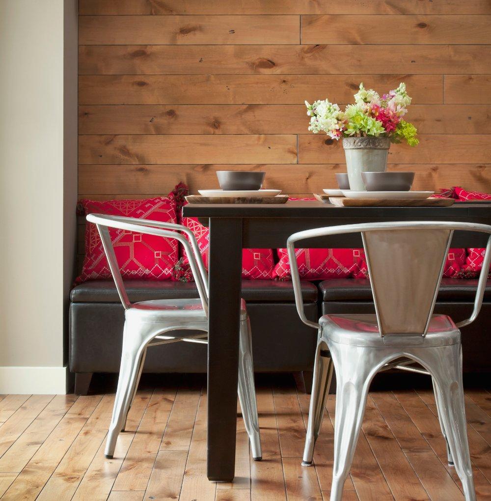 10 pratici mobili per piccoli spazi for Cuscini per panca ad angolo