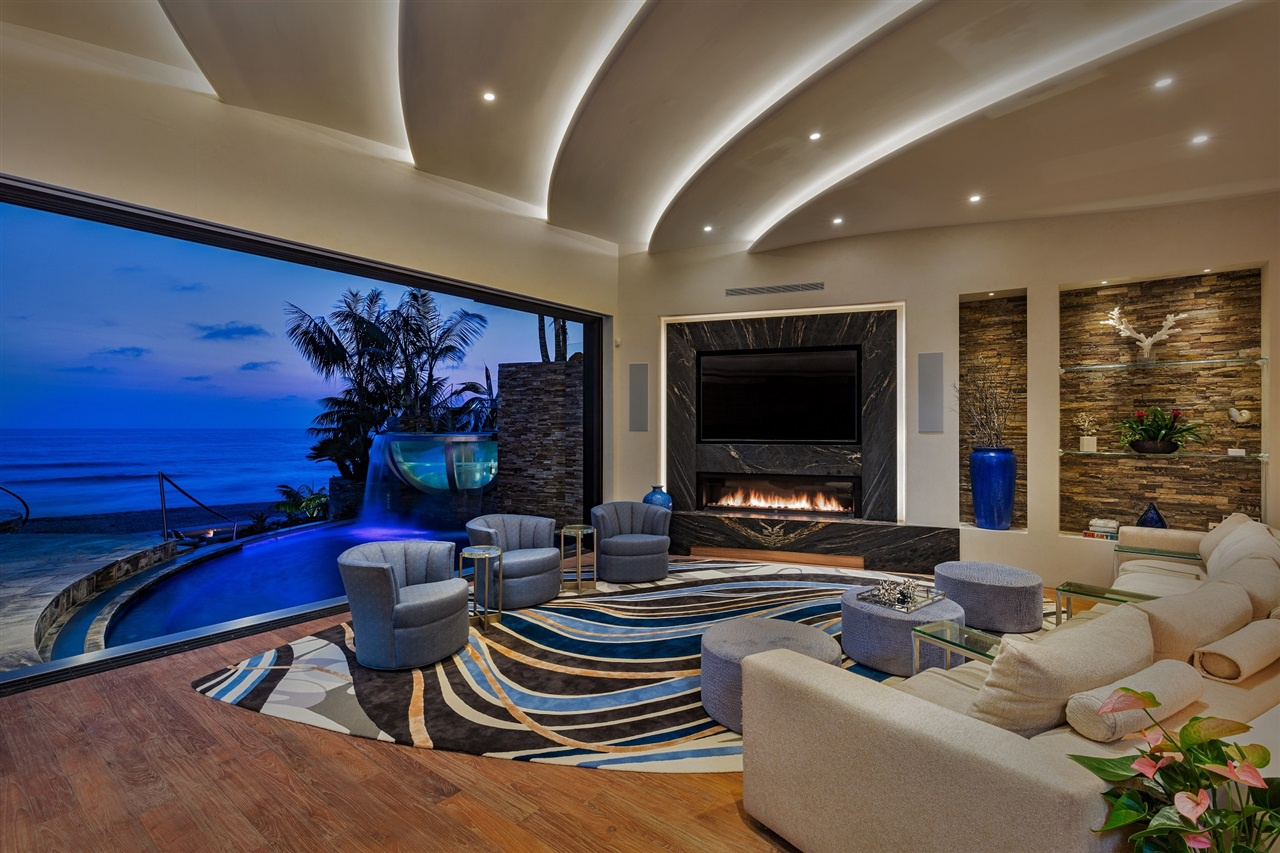 Una grandiosa villa da sogno vista oceano for Interni ville