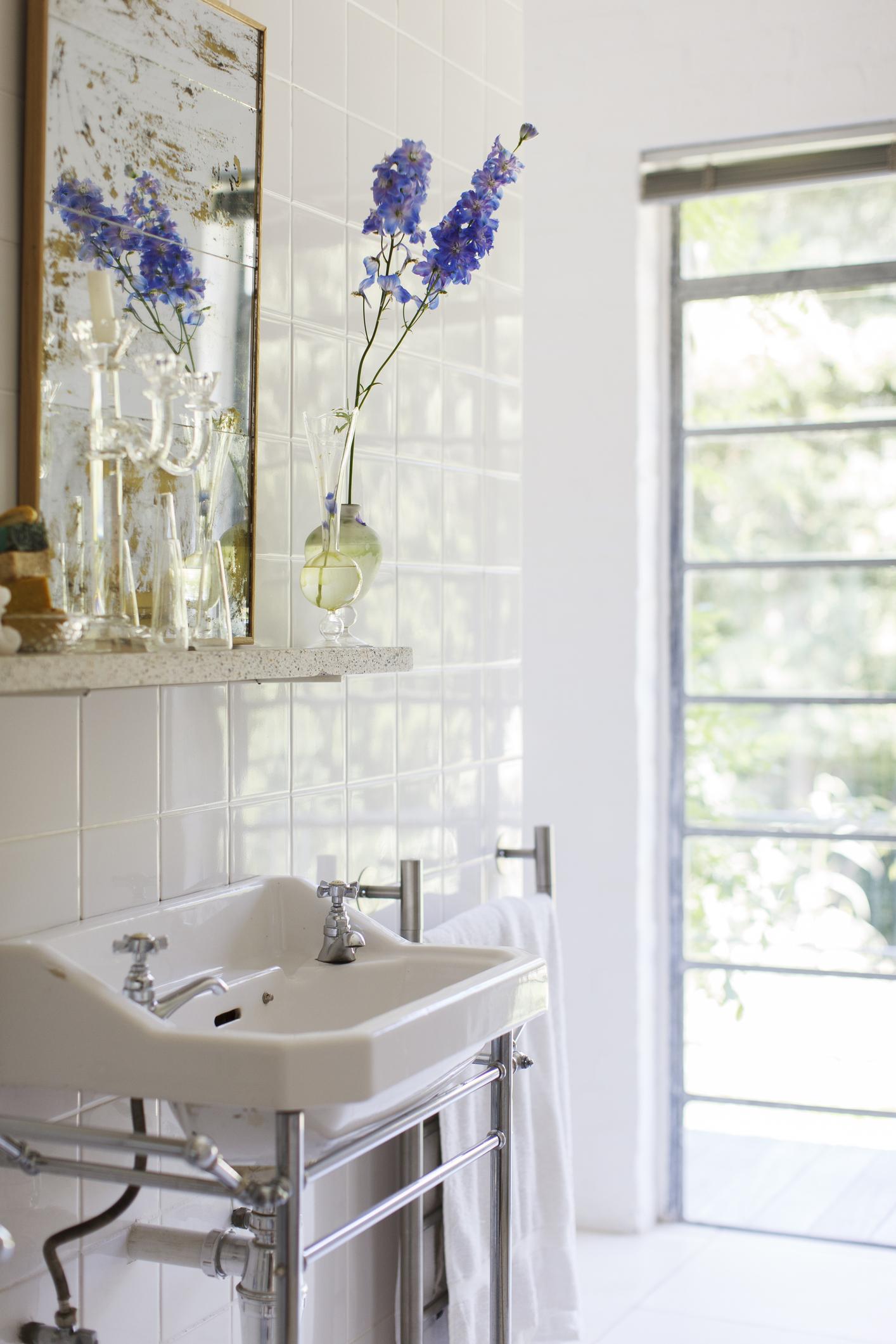 Nuove idee e consigli per progettare e arredare un bagno for Arredare un bagno piccolo