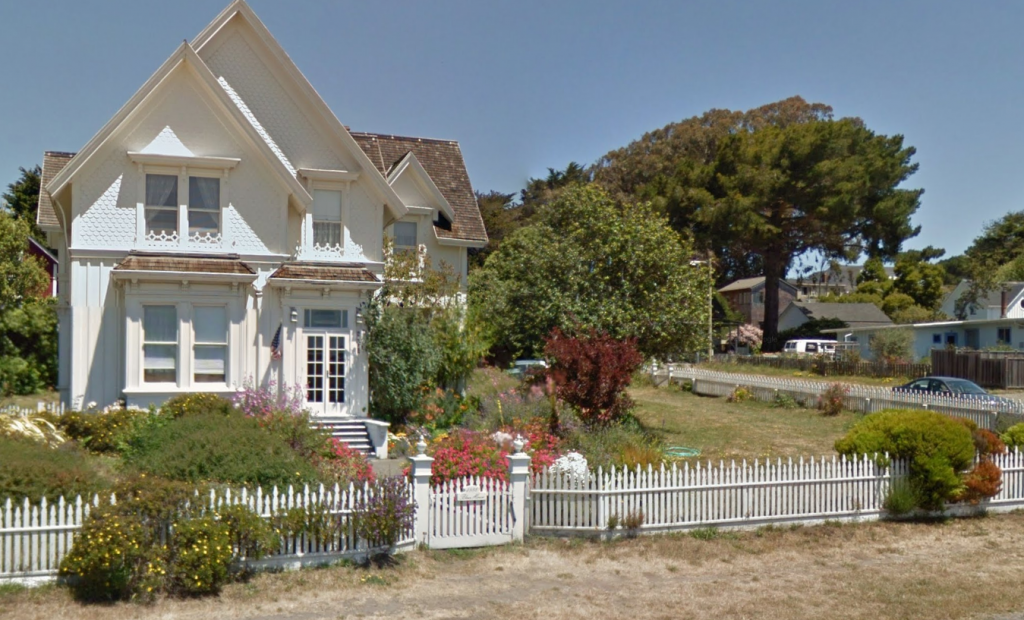 Blair House / 5110 Little Lake Street / Mendocino / Google Maps