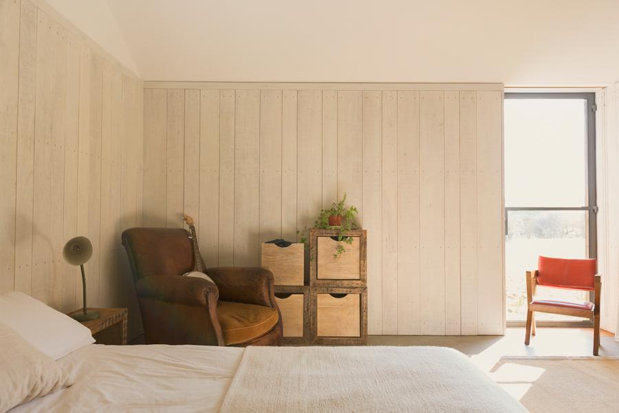 camera-letto-poltrona