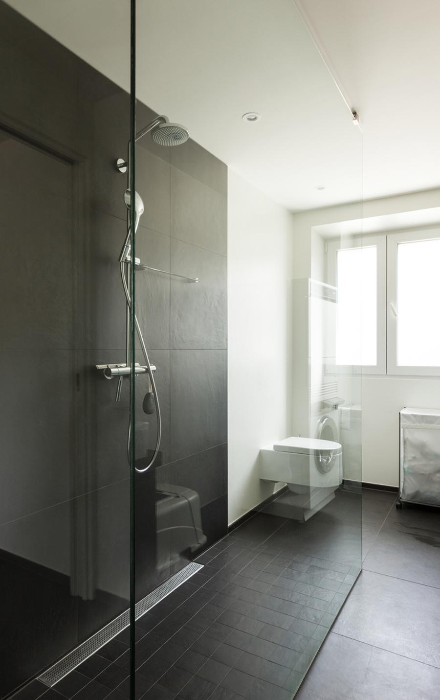 Eliminare il calcare dal bagno - Odore di fogna in bagno ...