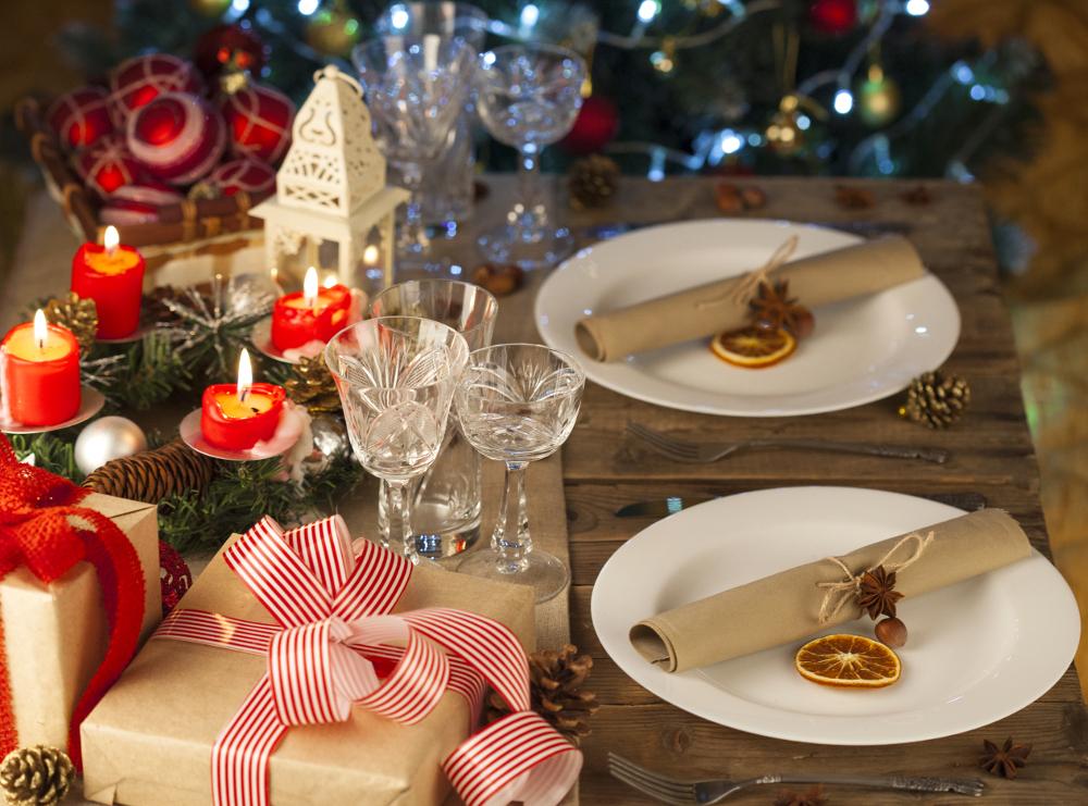 Porta in casa la natura con le decorazioni di natale - Decorazioni per la tavola di natale ...