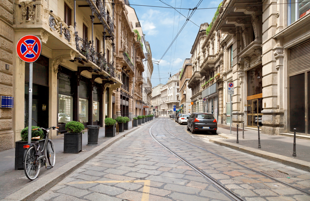 Case di lusso a milano e roma cresce il mercato for Case di lusso a milano