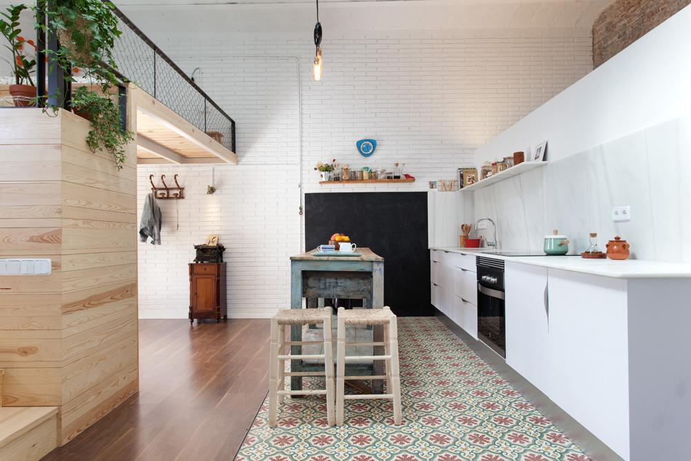 un garage di 60 mq trasformato in un loft