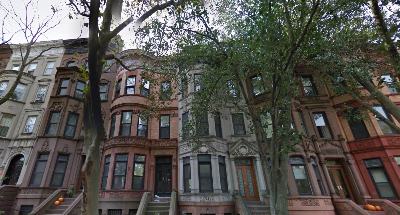 La storica residenza di obama a new york in vendita for Piccoli piani di casa storica
